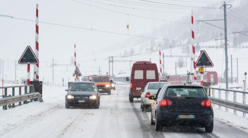 Sicher Auto fahren bei Schnee und Eis